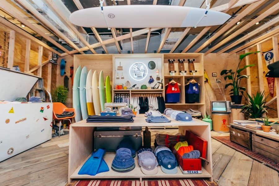 How to choose surfboard wax